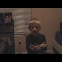 kid singing brittney spears scared to death by mom