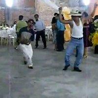 Bailele Compadre \ Borrachos Bailando (Un Rayo De Sol)