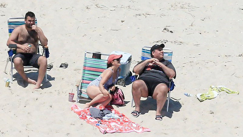 Chris Christie Beach Picture | Know Your Meme