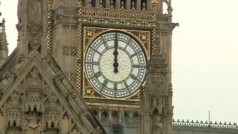 Screenshot_2017 09 02 08 36 19_kindlephoto 20898883 big ben's final chimes know your meme