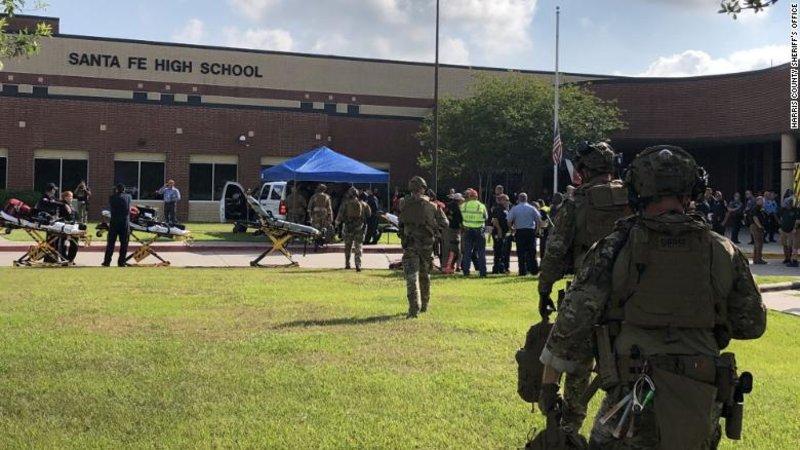 180518105329-09-texas-santa-fe-high-school-0518-exlarge-169