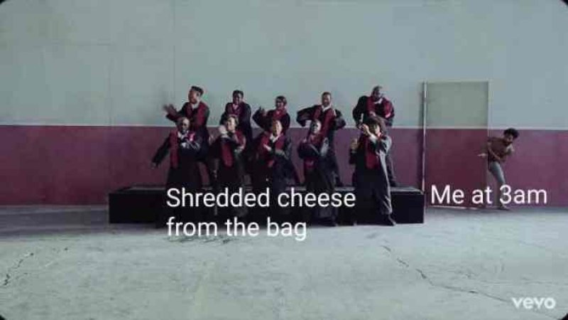 L-17935-shredded-cheese-from-the-bag