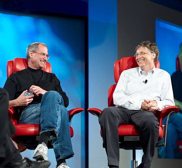 800px-Steve_Jobs_and_Bill_Gates_(5226950