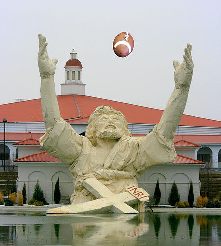 Touchdown Jesus Know Your Meme