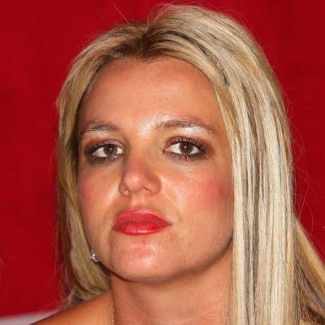 Bad-Makeup-Britney-Spears.jpg