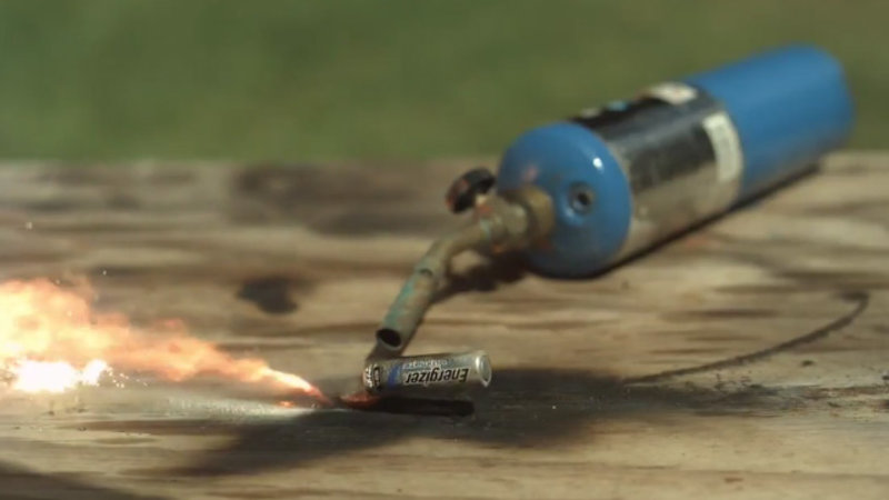 Exploding Batteries in Slow Motion