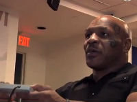 Mike Tyson Plays Punch-Out!!