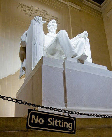 F**k The Police: Lincoln Memorial Edition