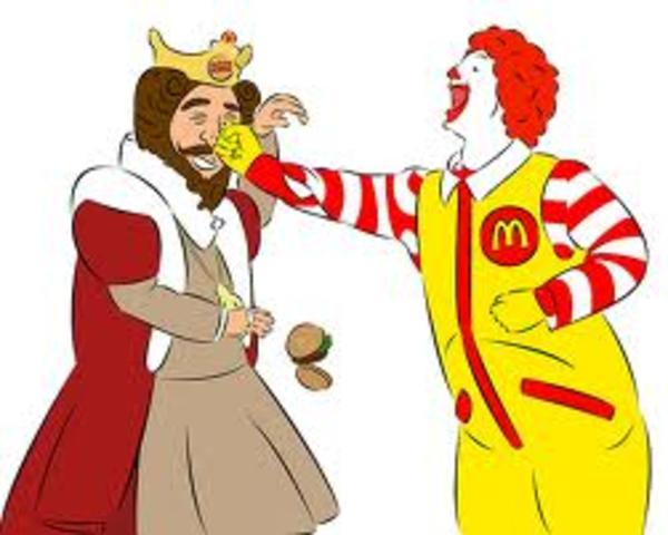 mcdonalds vs wendys essay Mcdonald's, the world's largest burger chain, had an impressive run from 2004 to  2011, when the fast food retailer posted average global.