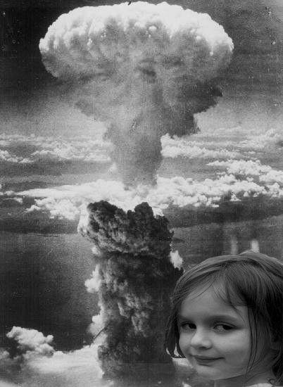 disaster-girl-nuke.jpg
