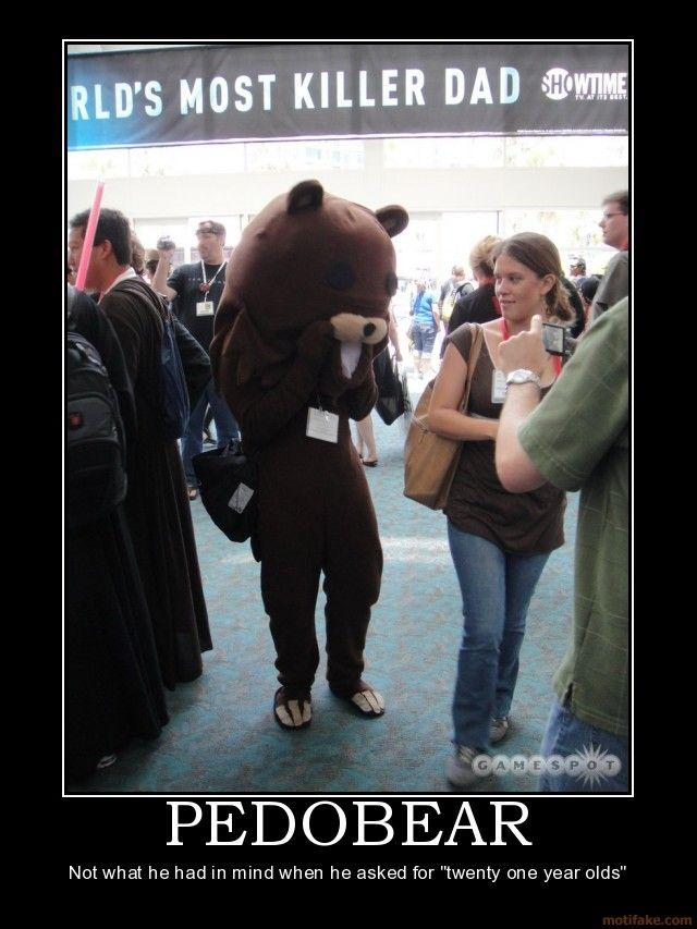 0907_pedobear-pedobear-comic-con-demotivational-poster-1248672430.jpg