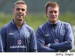 jordan-henderson-phil-jones-transfers-307x215-090611.jpg