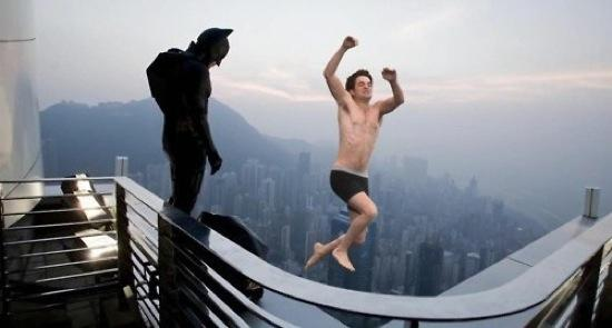 c415913538cdbf69_jumping_rob_pattinson_with_batman.jpeg