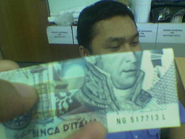 moneyface-2.jpg