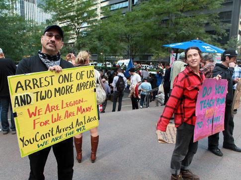 alg_wall_st_protest_01.jpg