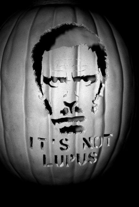 House-lupus-pumpkin-carving.jpg