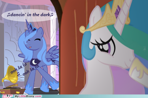 my-little-pony-friendship-is-magic-brony-shes-so-cute-when-shes-alone-in-her-room.png