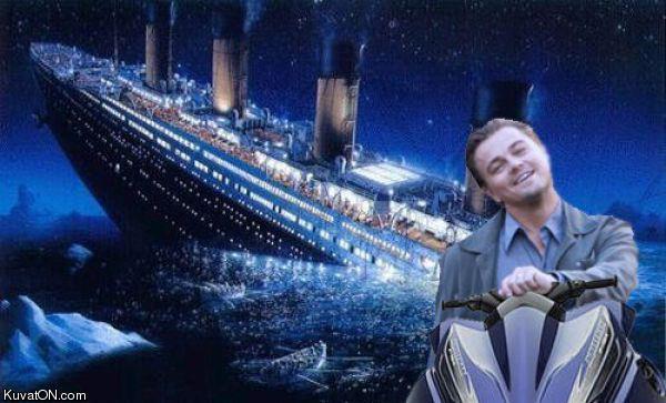 titanic_alternative_ending.jpg