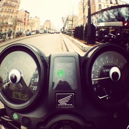 http://eyebombers.com/post/18345371138/hondabomber-by-mvaloatto-paris-france