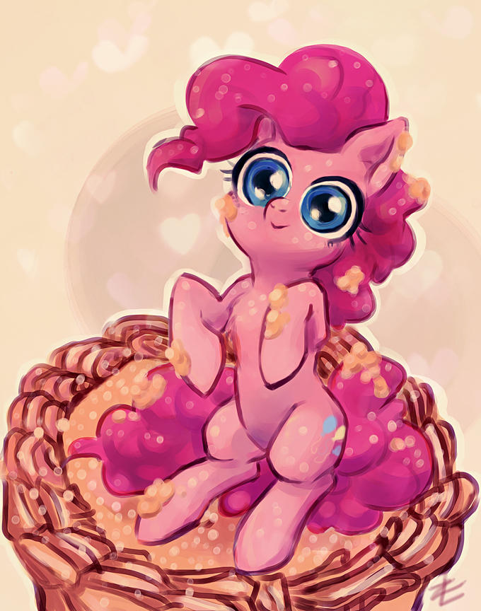 Pinkie on Cake