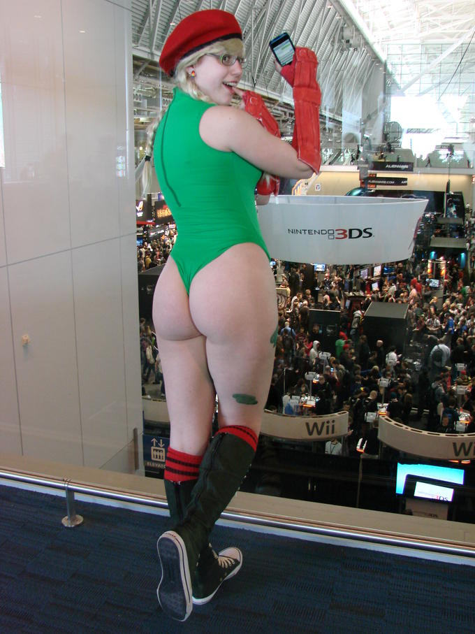 DAT Cammy Cosplay