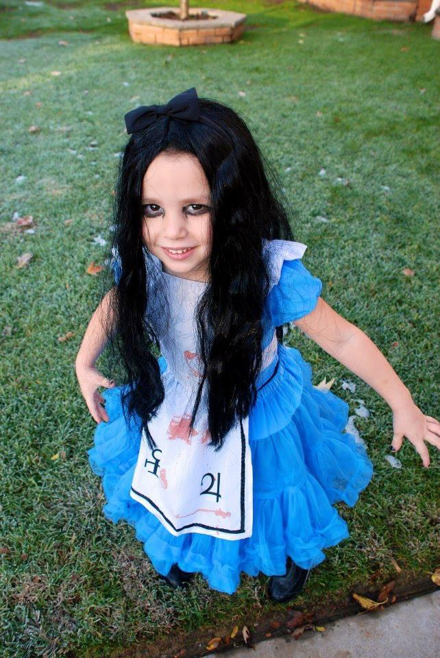 The Littlest (4 Year Old) Alice Cosplayer