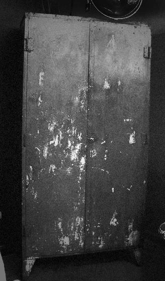 """SCP-432 """"Cabinet Maze"""""""