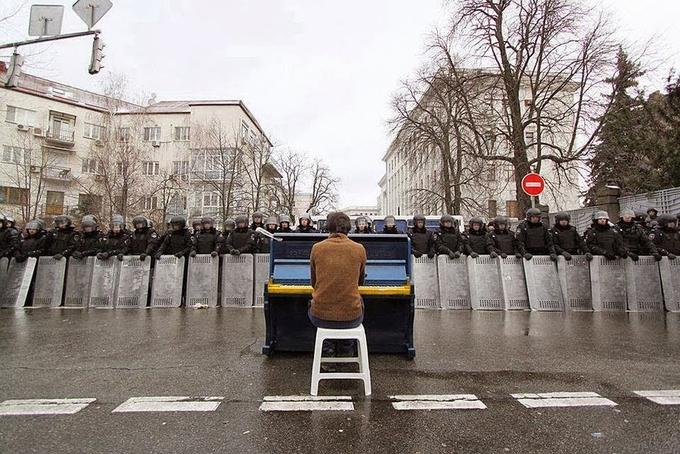 The Pianist's Protest
