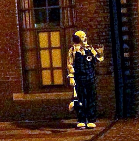 Staten Island Clown Waves