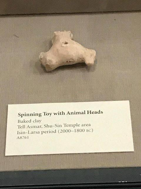 Spinning toy with animal heads Fid Spinners