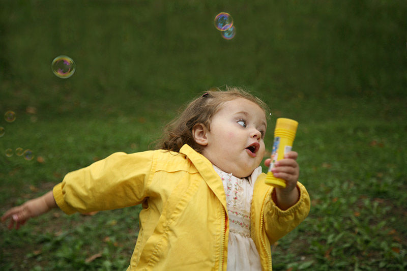 Kid Running Funny Meme : Chubby bubbles girl know your meme