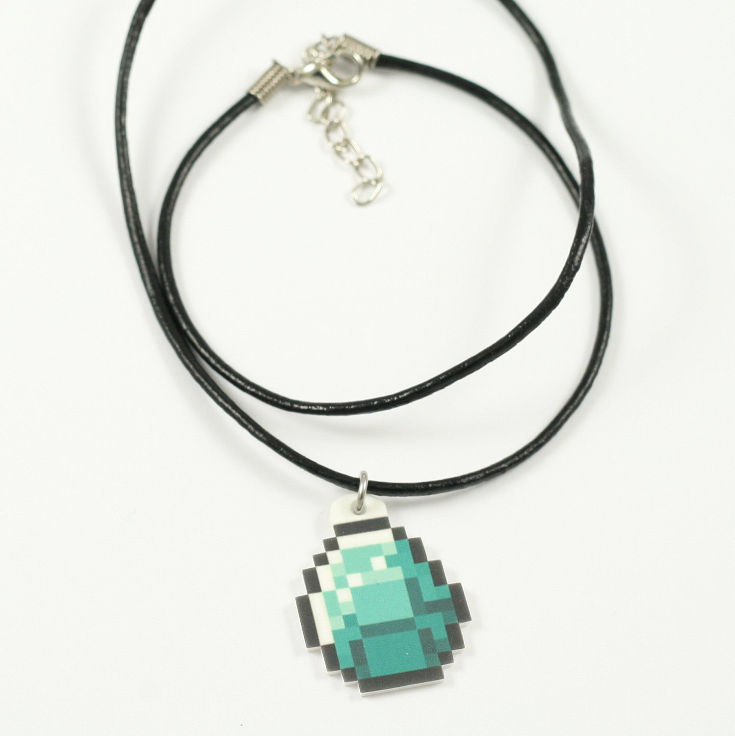 Minecraft diamond necklace minecraft know your meme minecraft jewellery fashion accessory aloadofball Choice Image
