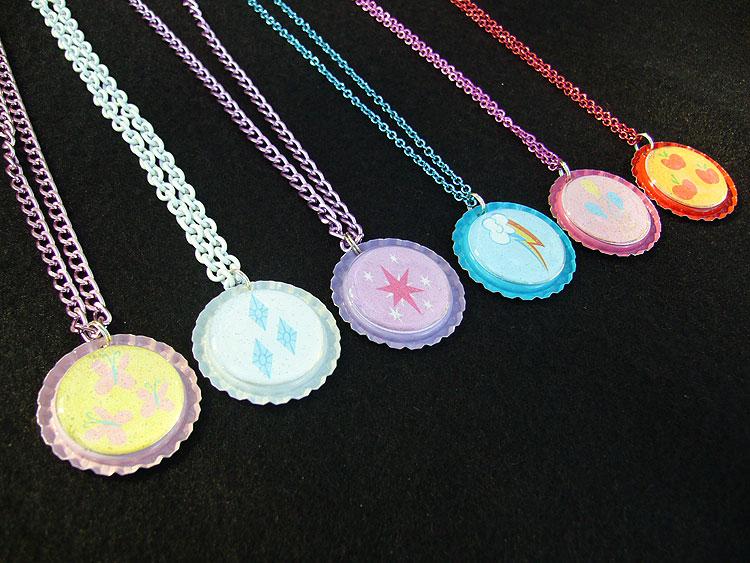 Pony bottle caps my little pony friendship is magic know 1 pinkie pie rainbow dash twilight sparkle princess celestia jewellery pendant necklace fashion accessory mozeypictures Gallery
