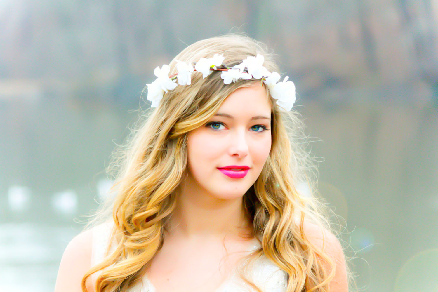 Bridal flower crown flower crowns know your meme bridal flower crown dhlflorist Images