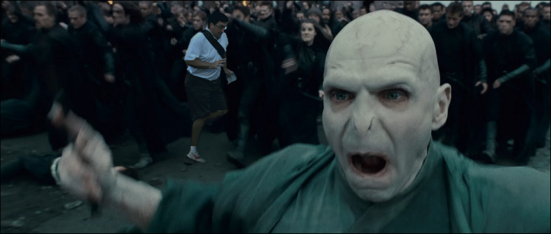 262 in the way guy voldemort in the way guy know your meme