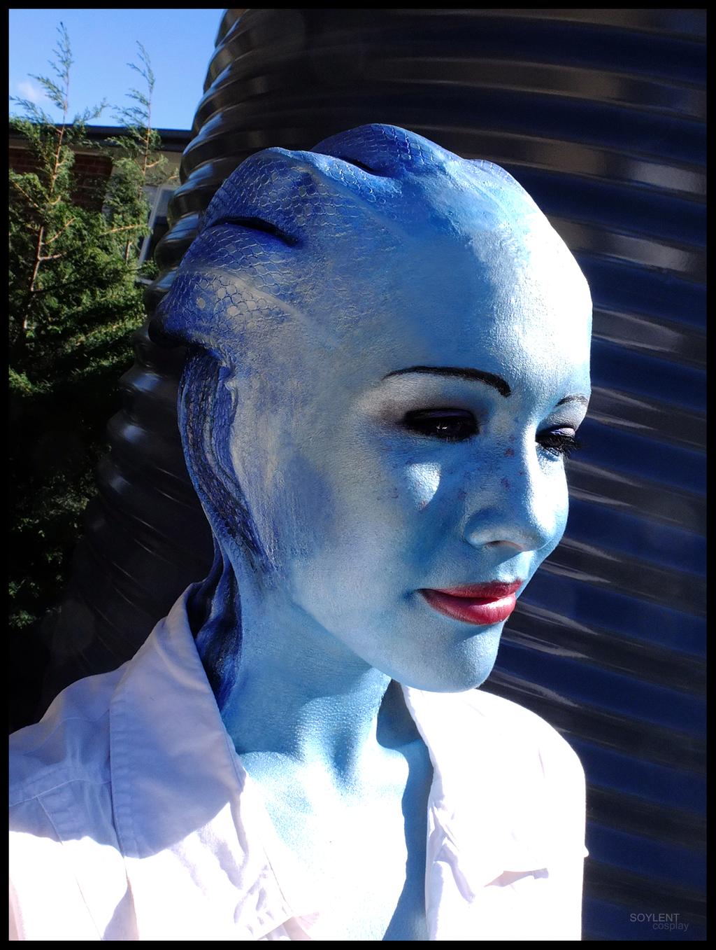 Liara Mass Effect Cosplay