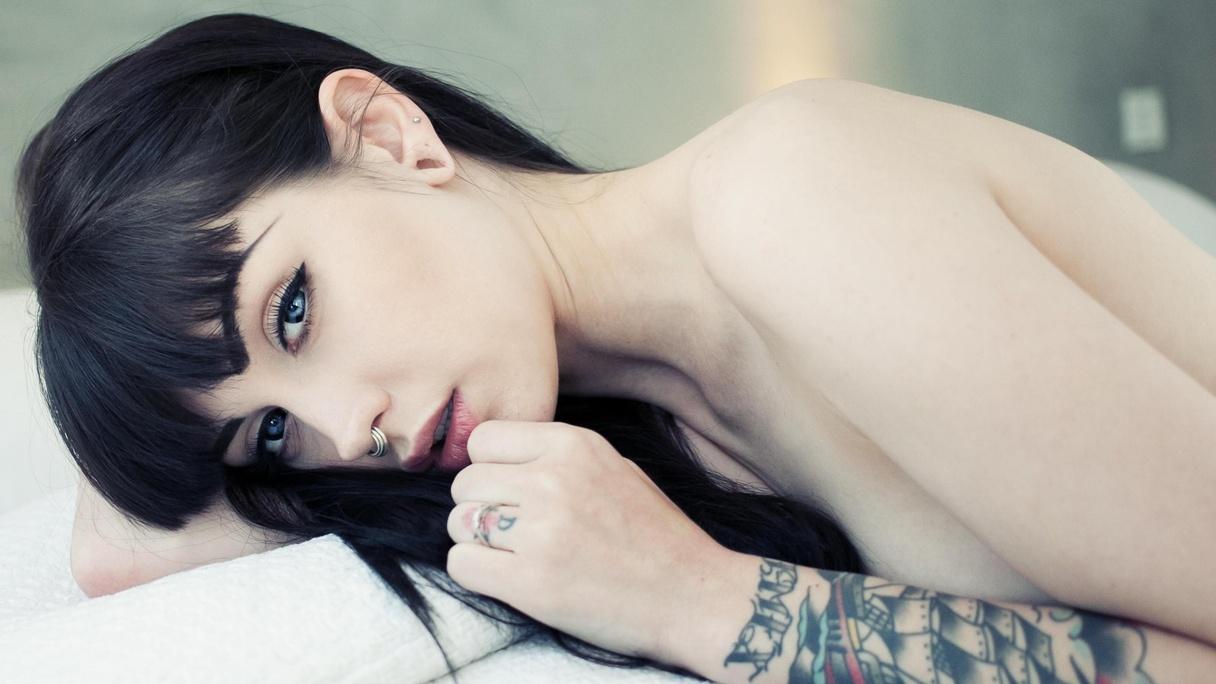 arwen suicide girls nude