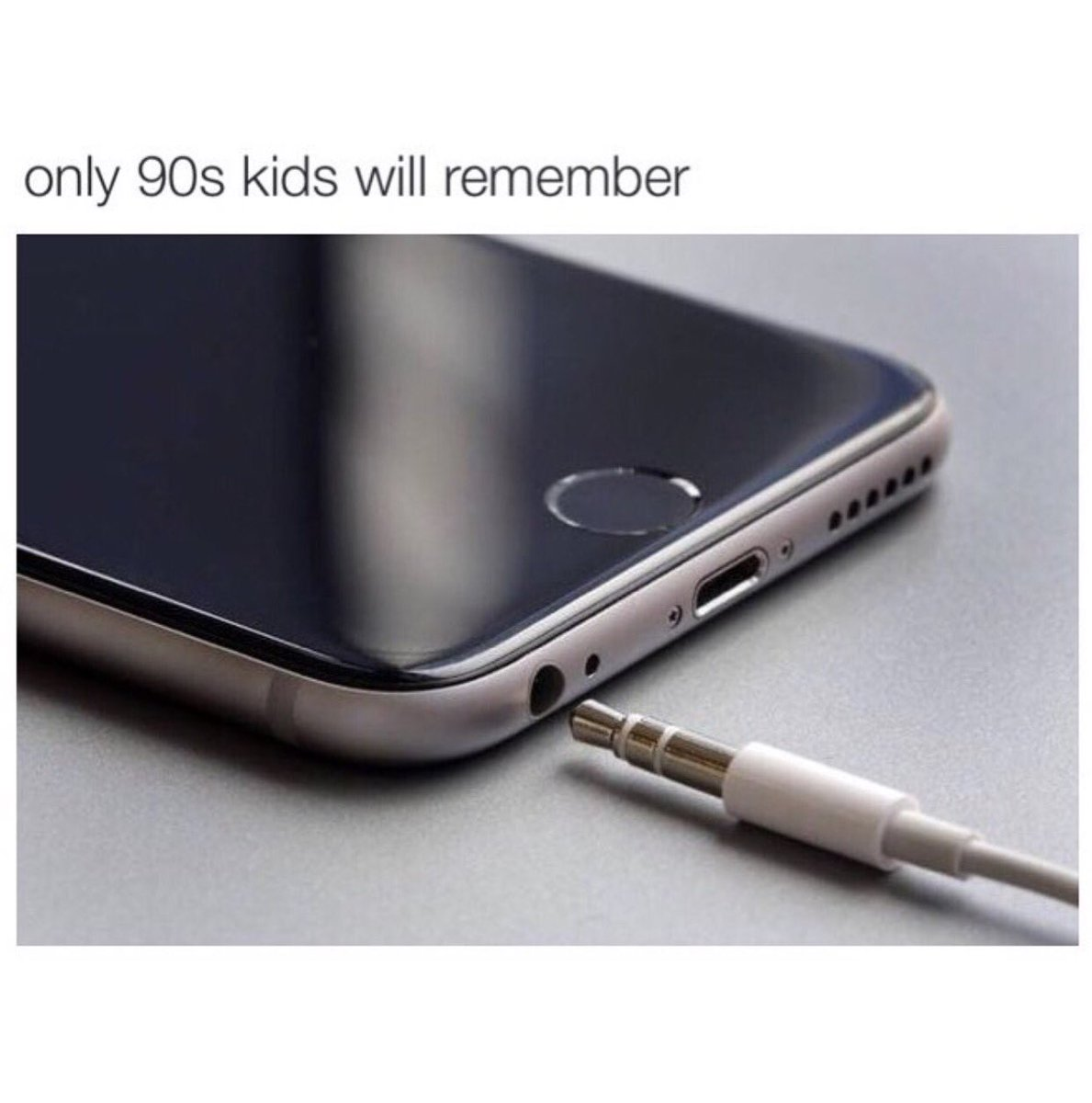 001 90s kids will remember apple airpods controversy know your meme